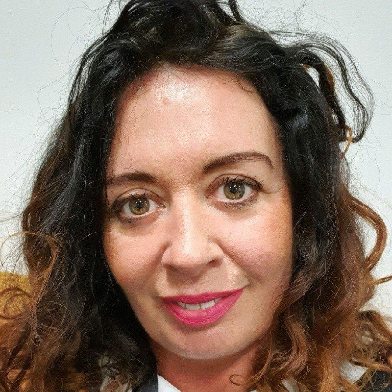 The speaker Linda NiChualladh 's profile image